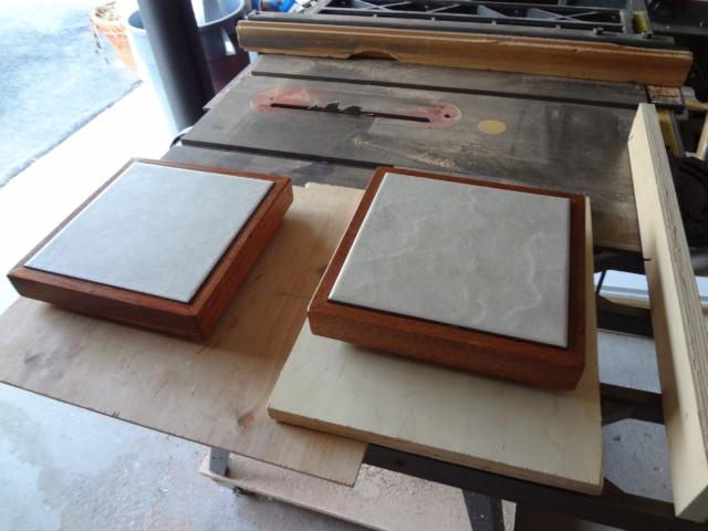 trivet mahogany & tile